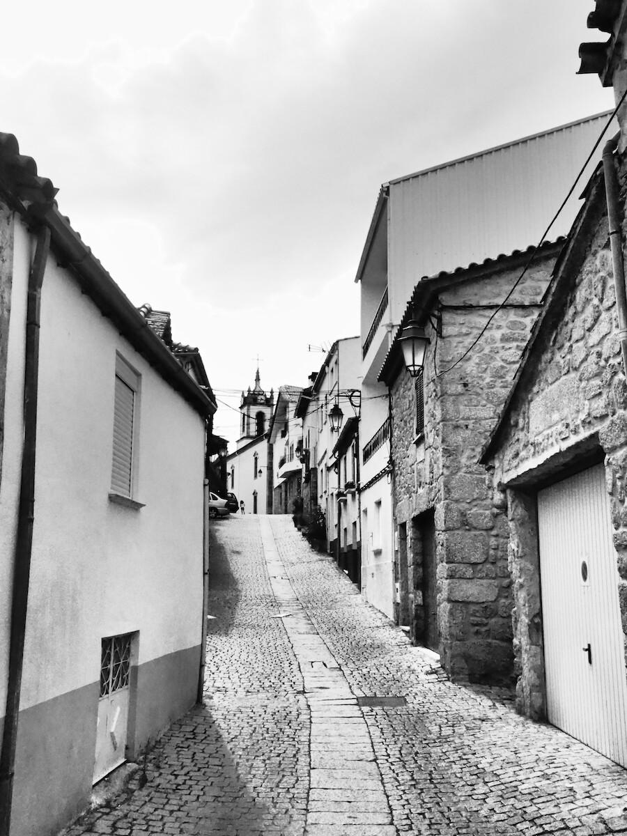https://alexschroeder.ch/gallery/2019-portugal/imgs/P9090312.jpg
