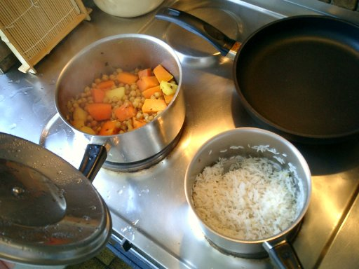 Chickpea curry with pumpkin