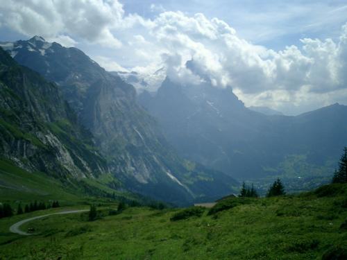 Grindelwald liegt schon in den Schatten