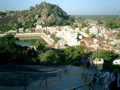 On the way up to the Jain statue