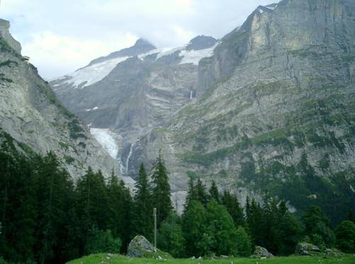 Der Obere Gletscher liegt in seinem schattigen Tal