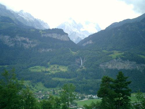 Von Reuti über Meirungen hinweg zum Reichenbachfall